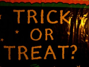 halloween-trick-or-treat